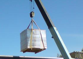 Перевозка стройматериалов (кирпича, плит ЖБИ и т.п.)